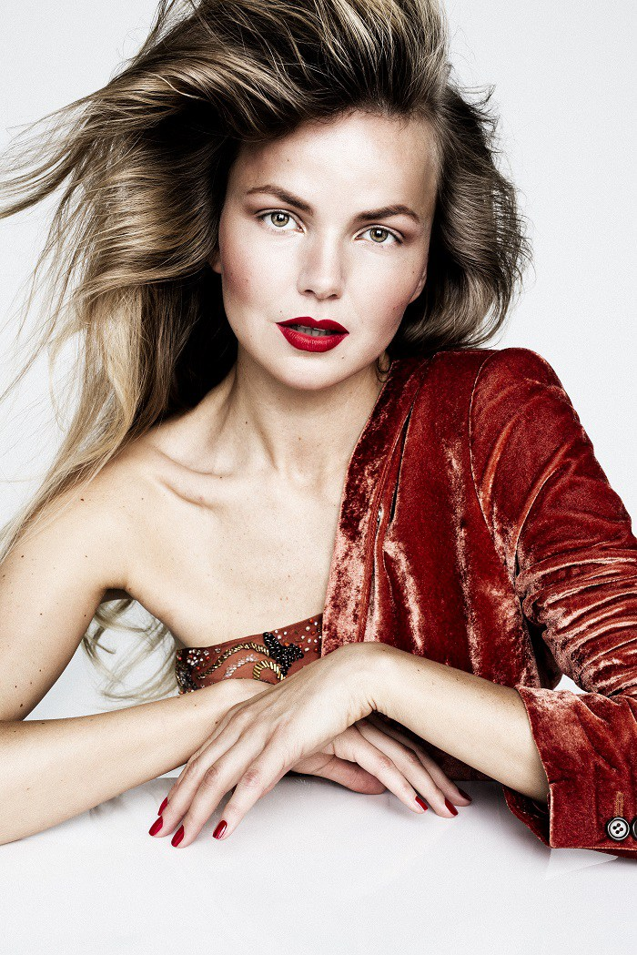Foto: Trine Hisdal Hår: Nikola Grozdic Model: Ingrid / Idollooks Kunde: Idollooks Magazine
